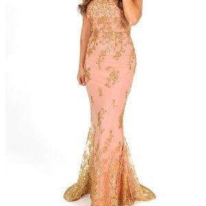NWT Minuet gown light pink/gold glitter size small
